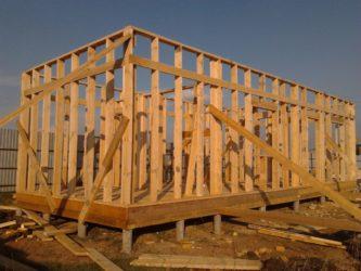 Из какой доски строить каркасный дом?