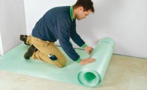 Как уложить ковролин на деревянный теплый пол с подложкой?