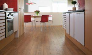 Какое напольное покрытие выбрать для кухни?