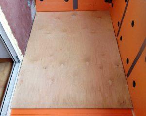 Как сделать полы из фанеры и ДСП на балконе или лоджии