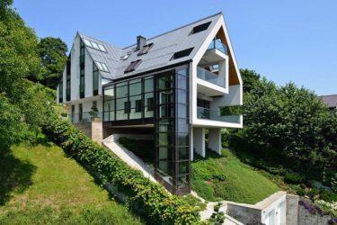 Строительство дома на склоне и сложном рельефе