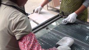 Изготовление мозаичной плитки дома и на производстве