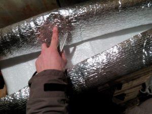 Технология утепления потолка фольгированным утеплителем в частном доме