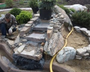 Как сделать водопад на даче – пошаговая инструкция