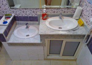 На какой высоте установить раковину в ванной – ищем вариант