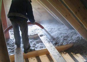 Утепление потолка эковатой своими руками в частном доме